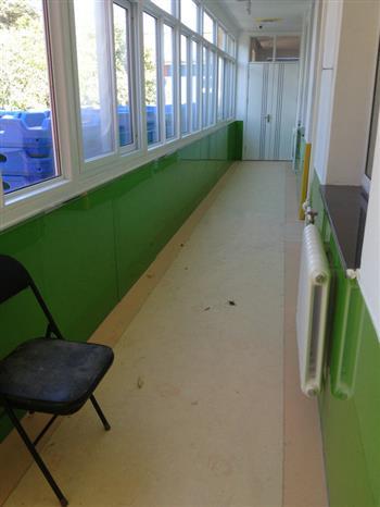幼儿园8毫米钢化烤漆玻璃